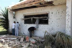 Palestinian rocket hit Israeli house