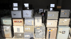 Safes wash up on shore in Japan