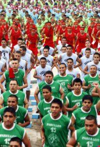 Peru_Prisoners2