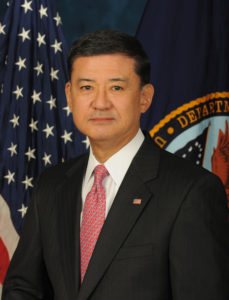 Eric_Shinseki_official_Veterans_Affairs_portrait