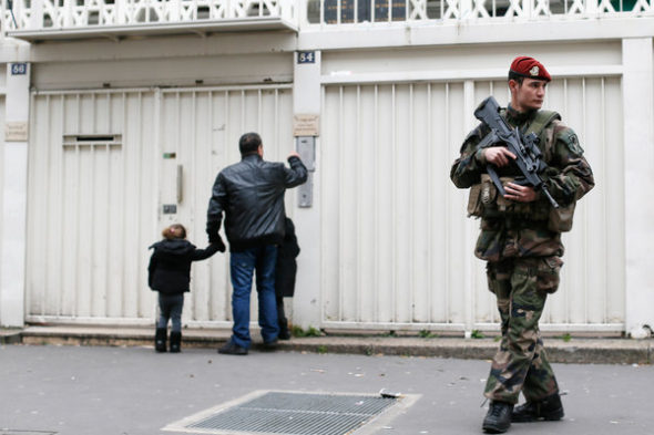 Paris-school-security