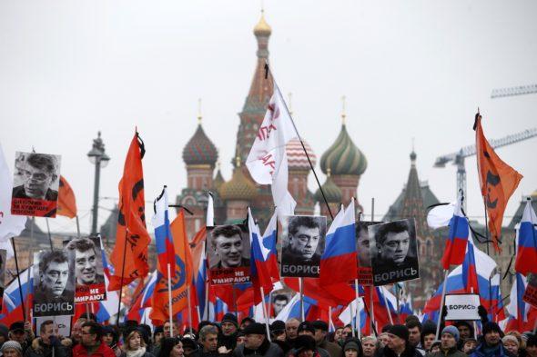 Russians protest murder of Putin opponent Nemtsov.