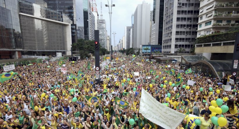 brazil-anti-government-protests-2015-april