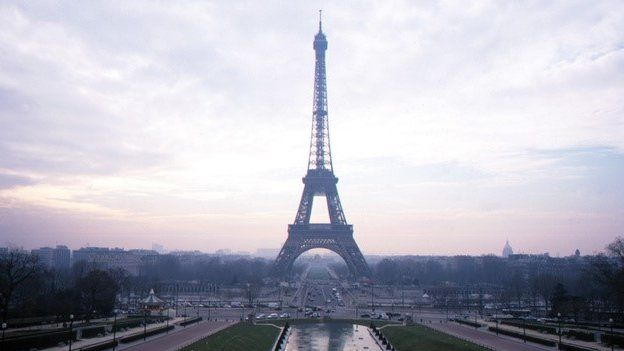 Eiffel Tower workers say that pickpocketing gangs have made life a misery for them and for tourists.  The area around the tower has become a magnet for tricksters and pickpockets who especially target Asian tourists.