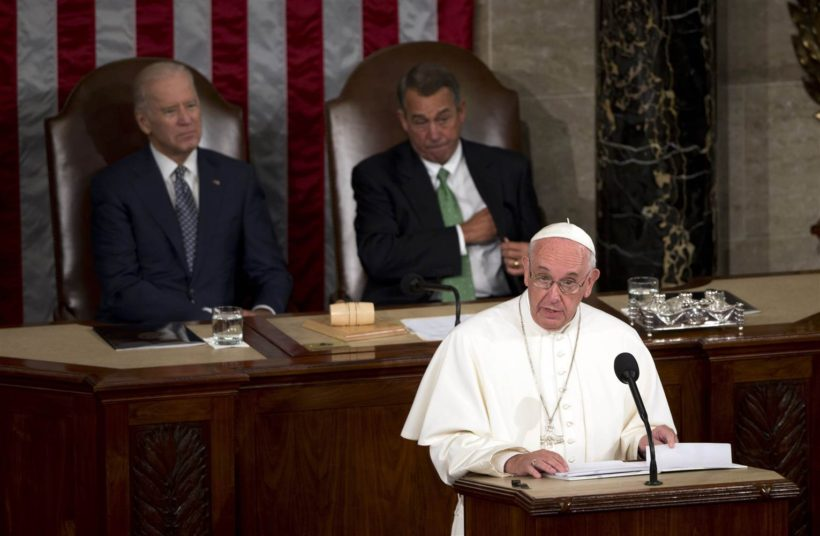 Pope delivers political message on immigration, tolerance to Congress