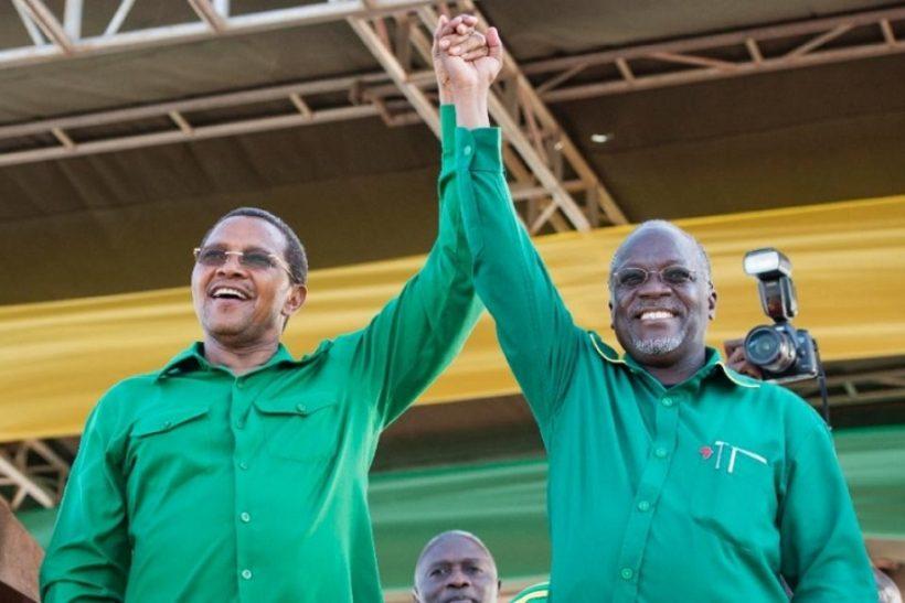 October 23, 2015: Tanzanian president-elect John Magufuli (R) with outgoing President Jakaya Kikwete.