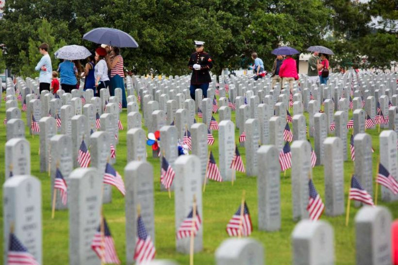 By Mike GlennMay 22, 2015 3 Families brave the rain and visit the graves of their U.S. serviceman and women on Memorial Day at the Houston National Cemetery, Monday, May 26, 2014, in Houston. Photo: Marie D. De Jesus, Houston Chronicle / © 2014 Houston Chronicle Photo: Marie D. De Jesus, Houston Chronicle IMAGE 2 OF 6 Families brave the rain and visit the graves of their U.S. serviceman and women on Memorial Day at the Houston National Cemetery, Monday, May 26, 2014, in Houston.