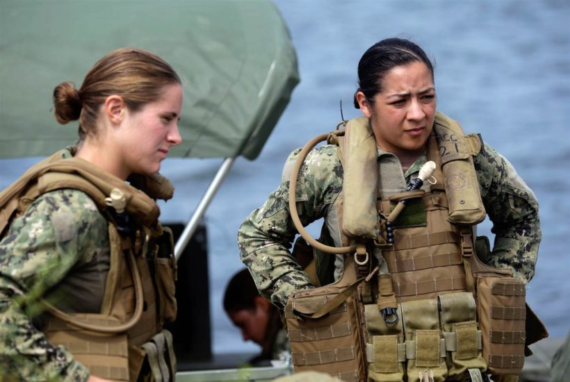 Senate Bill Calls for Women to Register for Draft in 2018