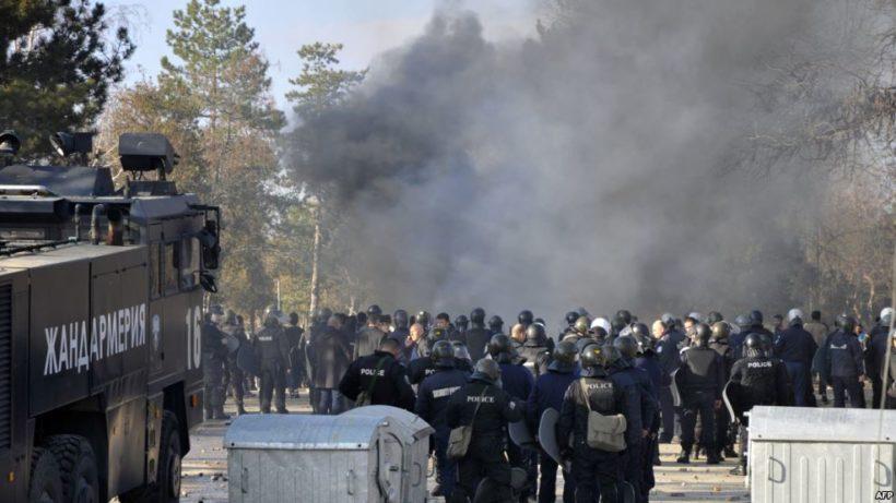 bulgarian-riot-police_radio-free-europe