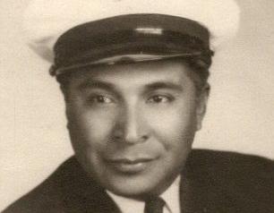 Oldest Pearl Harbor Survivor, 104, Flies Back to Honolulu