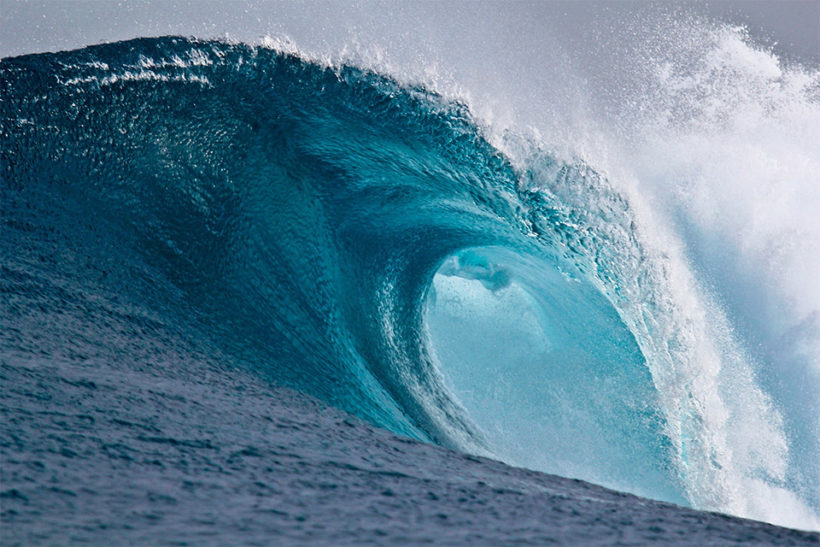 Massive Atlantic wave sets record