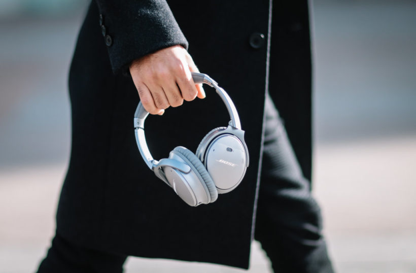 Bose headphones spy on listeners: lawsuit