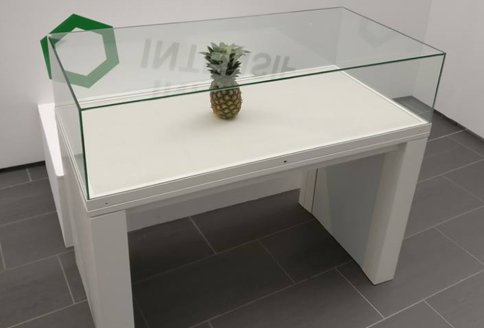 Students left pineapple in exhibition and people mistook it for art