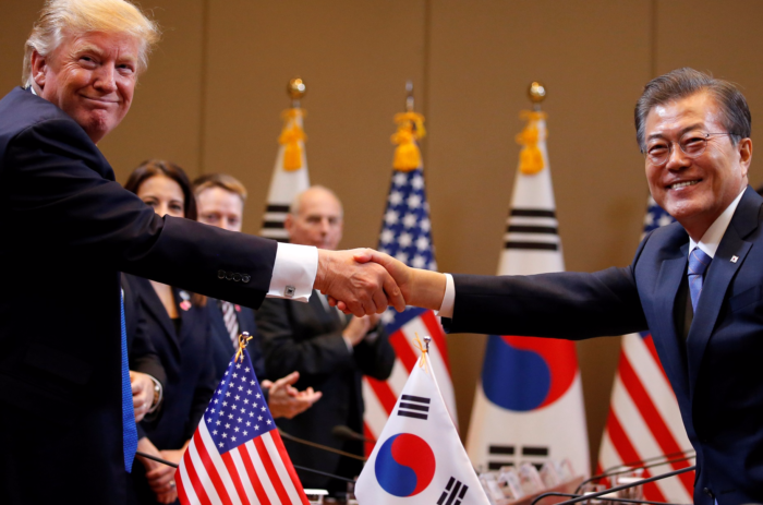 Tuesday's World #1 – Asia – Trump's 5-country trip