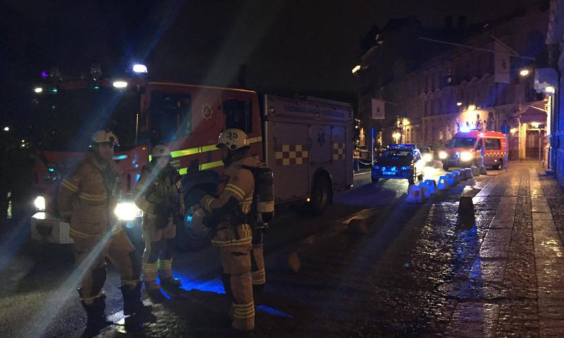 Tuesday's World #2 – SWEDEN: Masked attackers throw firebombs at synagogue