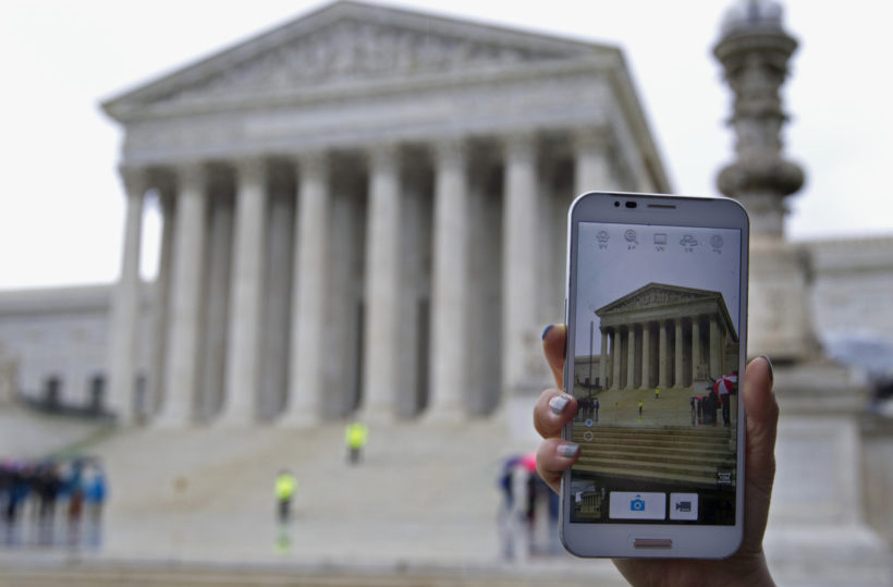 Supreme Court hears arguments in historic cellphone tracking case