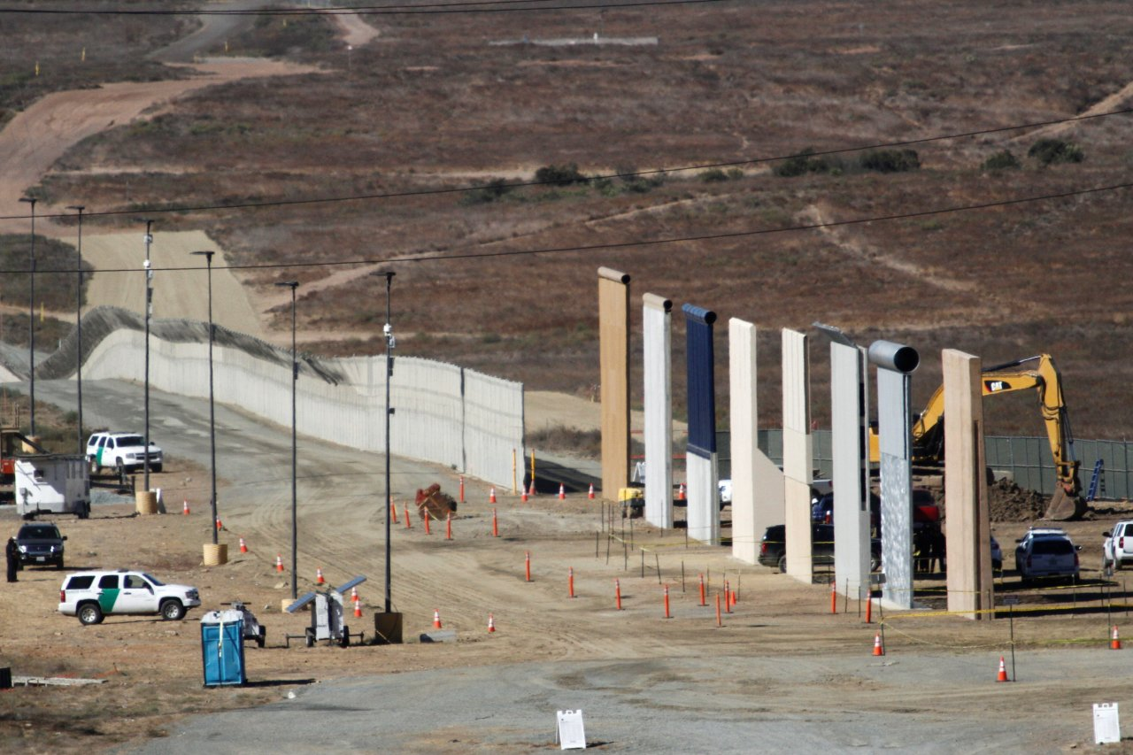 Trump S Border Wall Prototypes Pass Tests By Military