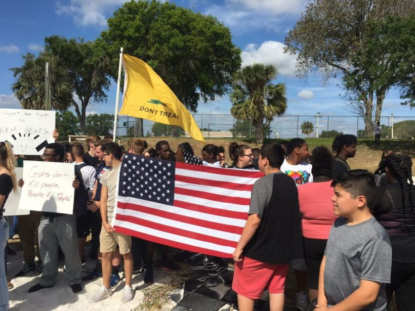 High School students walk out of class to support 2nd Amendment