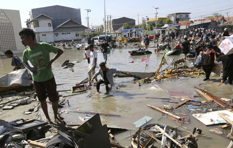 World #2 – Indonesia: over 800 dead in quake and tsunami; toll may rise