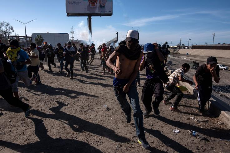 Networks ignore use of tear gas during Obama administration