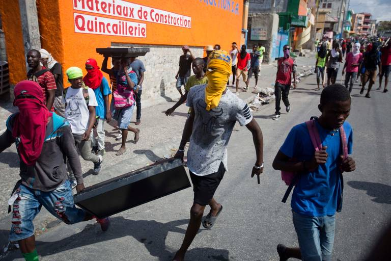 World #3 – U.S. looks to send food aid to HAITI as violence brews humanitarian crisis