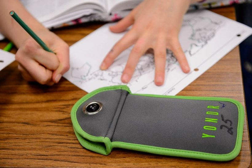 NJ middle school makes students go phone-free