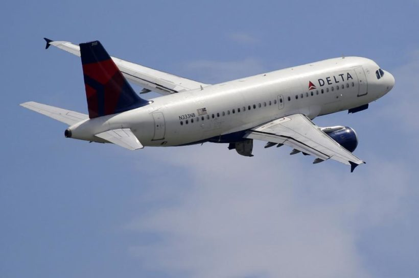 U.S. cautions airlines flying over Middle East