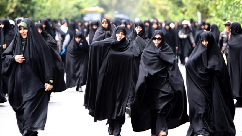 World #1 – Iran: Men ordered not to look at women during Ramadan