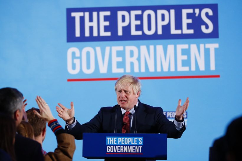 World #2 – UK: Johnson wins in a landslide