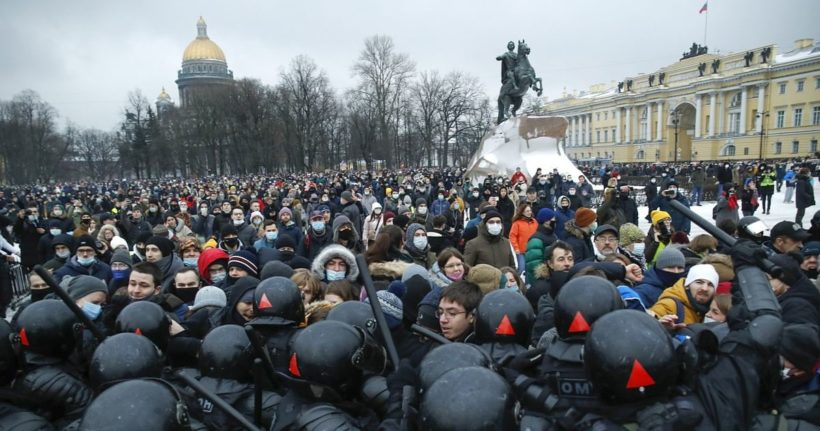 World #1 – Thousands of Putin protesters arrested across Russia