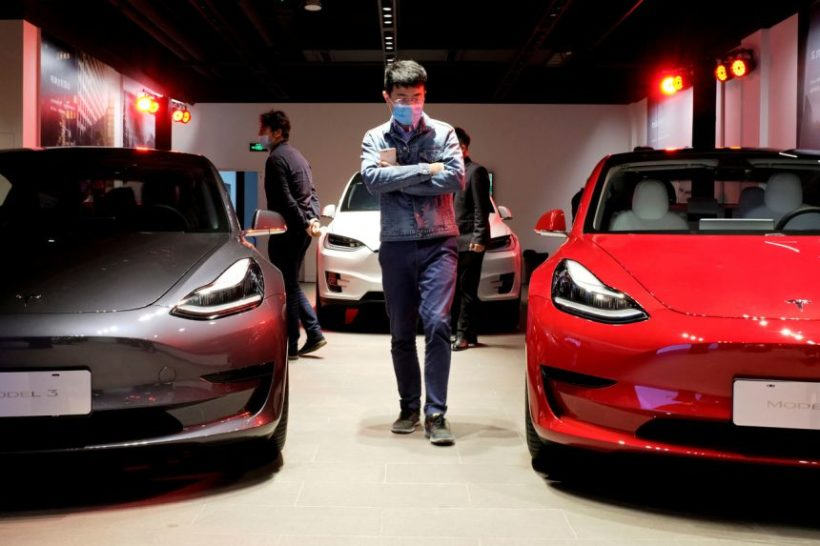 World #2 – Tesla banned by Chinese military over spy cam fear