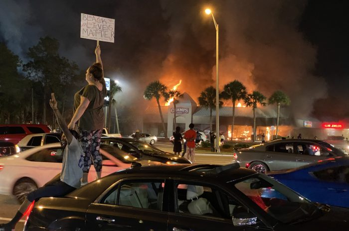 Florida Gov. Ron DeSantis signs anti-riot bill into law