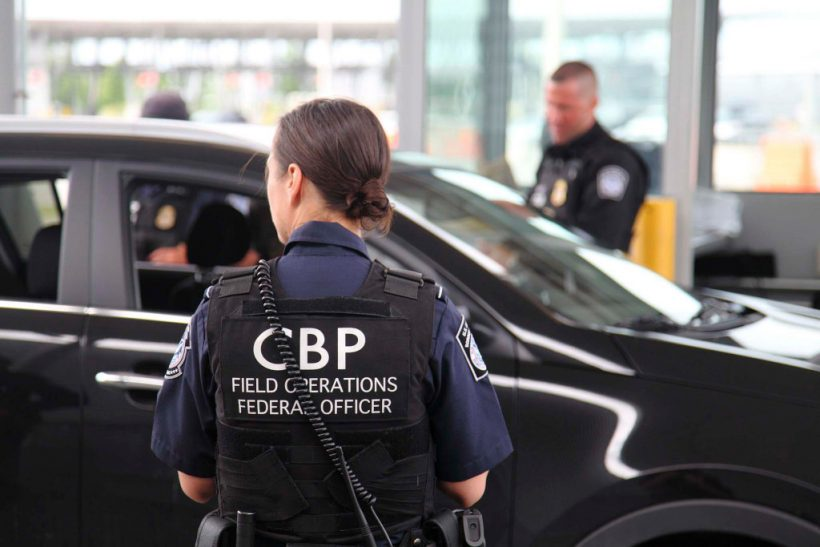 NY-Canadian border left unguarded as agents transferred south amid migrant crisis